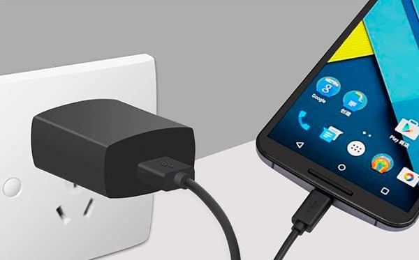 reparar-smartphone-carga-android-adaptador
